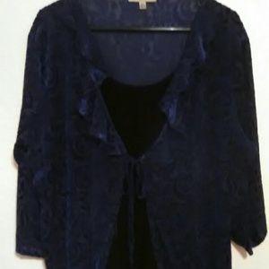 Notations Woman velvet blue top